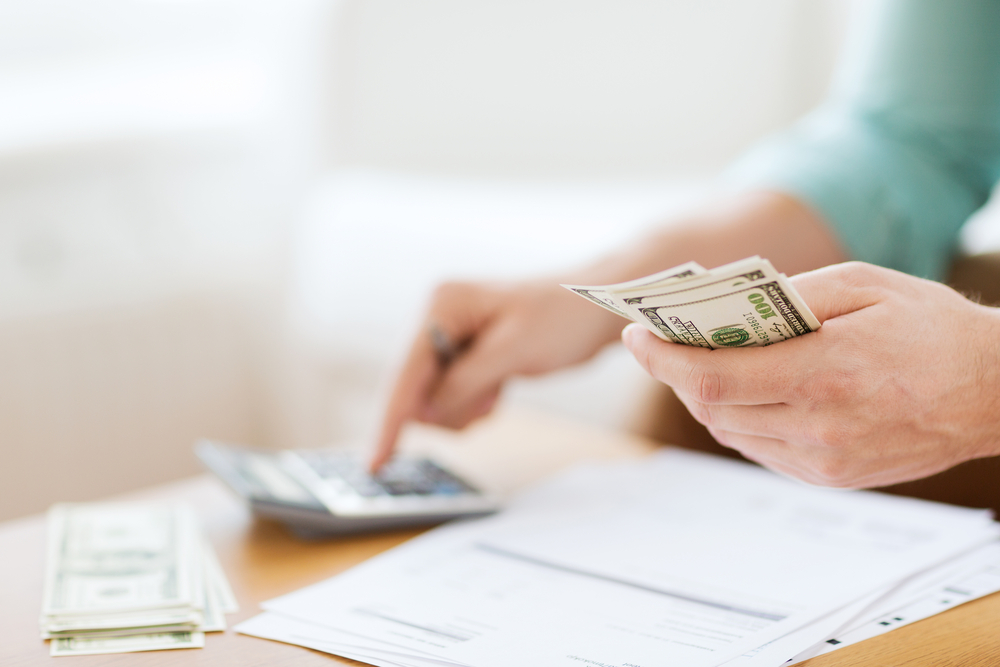 Budgeting 101 | Image source: Shutterstock.com / Photographer: Syda Productions
