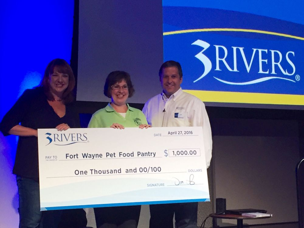 3Rivers hosted a pet food drive at our all-employee meeting and surprised the Fort Wayne Pet Food Pantry with a $1,000 check, April 2016.
