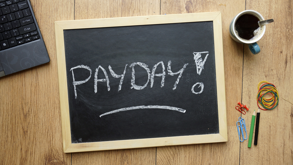 Stop Living Paycheck to Paycheck | Image source: Shutterstock.com / Artist: Brt