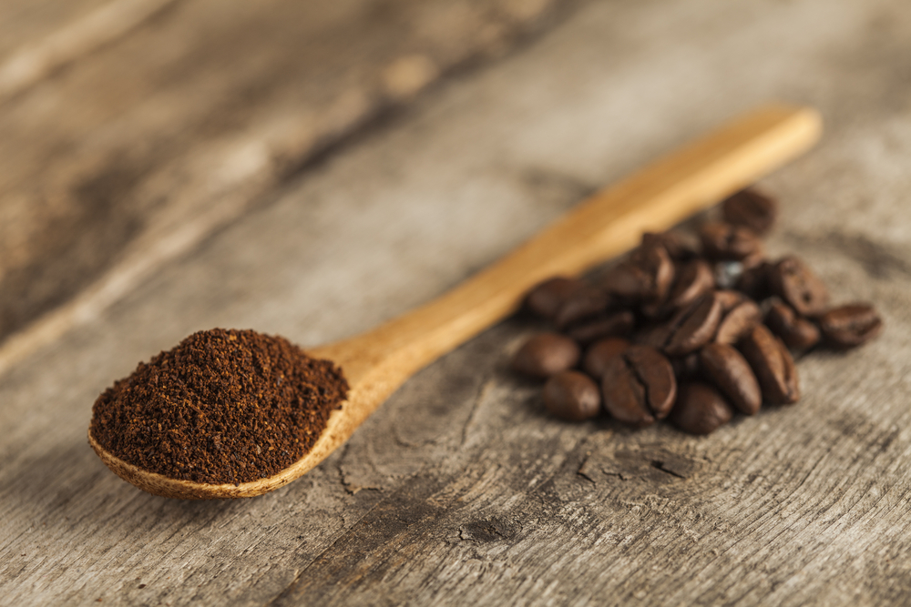 Recycle Used Coffee Grounds | Image source: Shutterstock.com / Photographer: Ramon L. Farinos